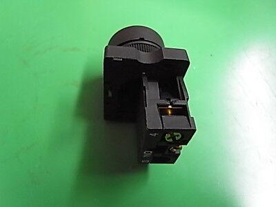 1 Stück Ersatzteil Drucktaster rot 400 Volt  mit LED nicht rastend  ETYC3-02 LED