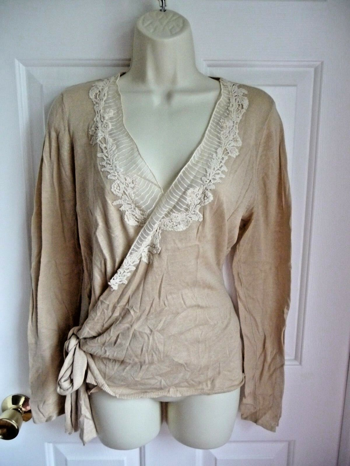 TAHARI T NWT L Juniper Wrap Sweater Silk Cotton Knit Beige Cream White Lace Trim