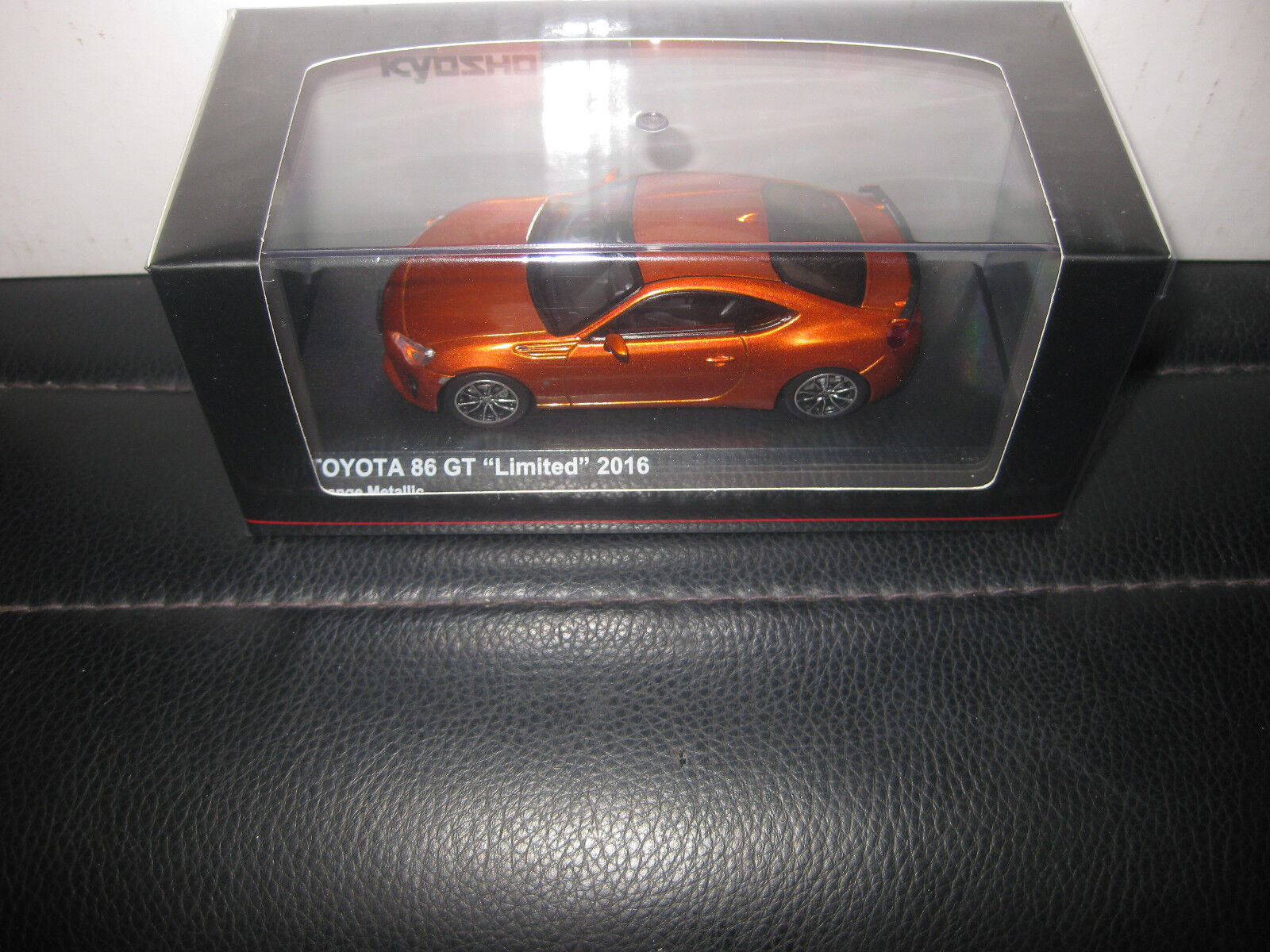 solo per te KYOSHO KYOSHO KYOSHO 1 43 giocattoloOTA 86 GT LIMITED 2016 arancia METtuttiIC AWESOME modello auto  03895P  Sconto del 70% a buon mercato