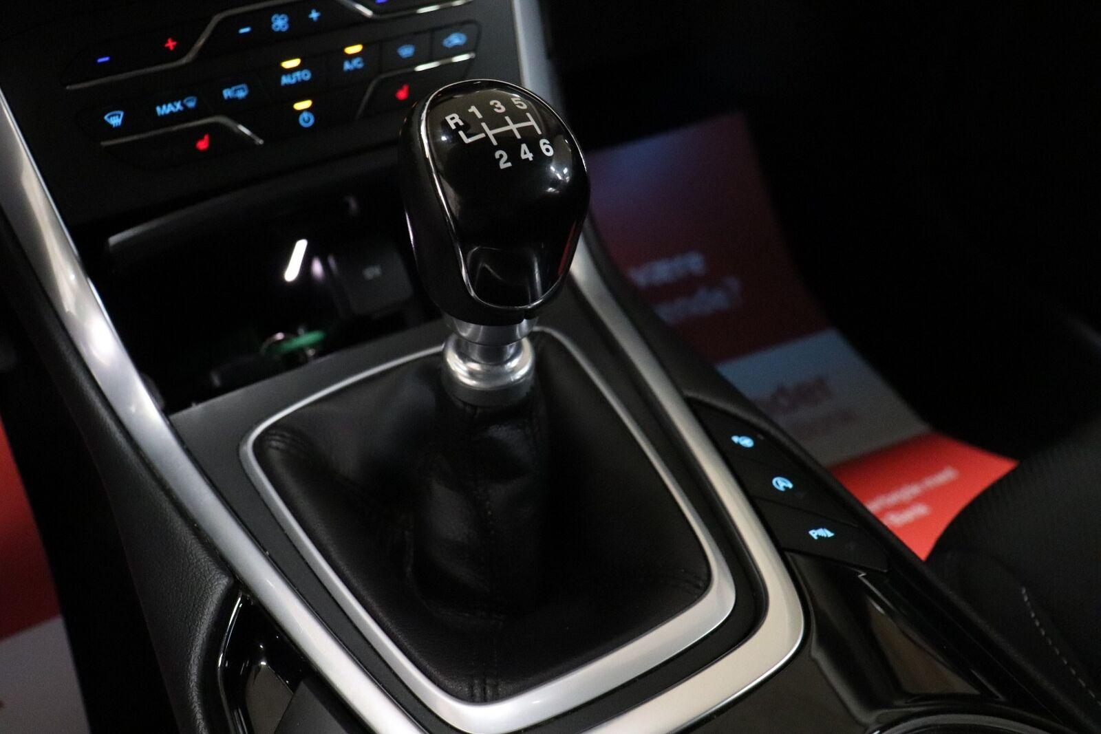 Ford S-MAX 2,0 TDCi 180 Titanium