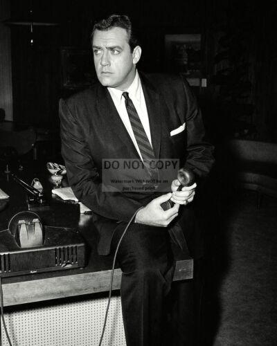 "RAYMOND BURR IN THE TV PROGRAM /""PERRY MASON/"" 8X10 PUBLICITY PHOTO OP-650"