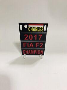 1:18 Pitboard F1 Formula1 Lewis Hamilton Silverstone P1 2019 to Spark Minichamps