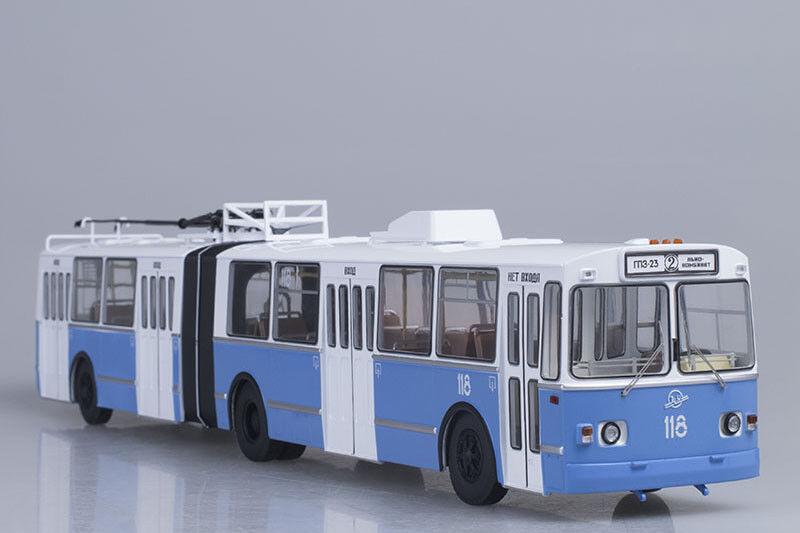 ZIU 10  ZIU 683  trolleybus  1:43 Start Scale Models SSM4006
