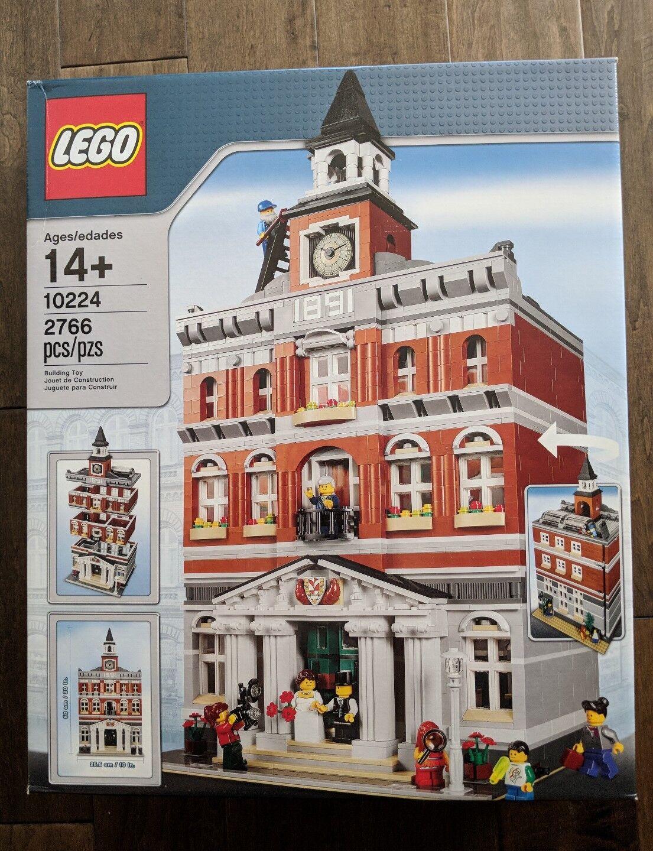 Stadshuset Lego Skapare 10224.Skadad ruta