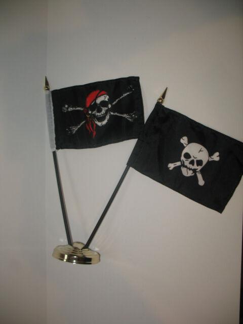 "JR Red Hat Death Zone /& Crossbones Pirate 3 Flags 4/""x6/"" Desk Set Black Base"