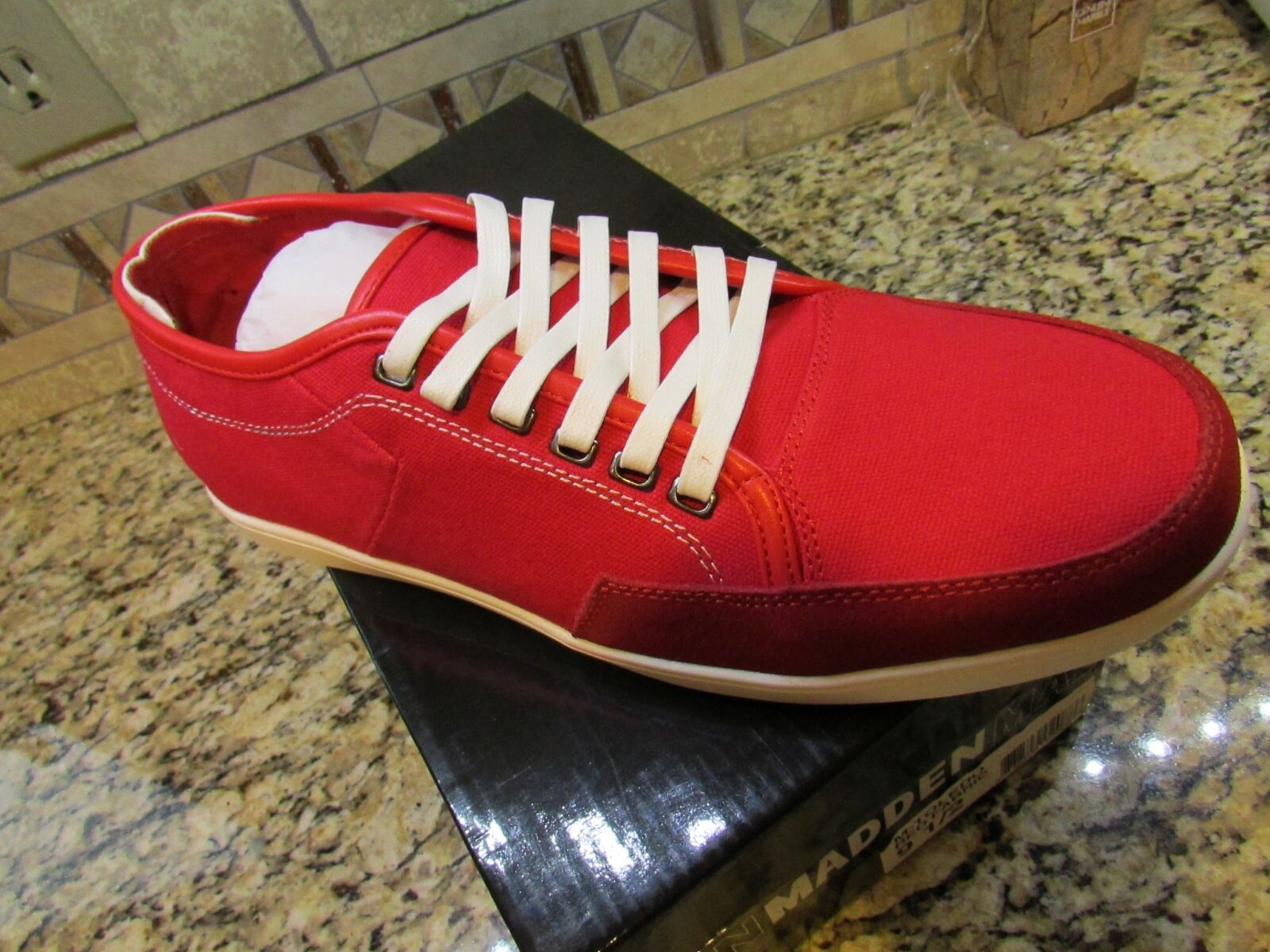NEW STEVE MADDEN TOLEDO RED CANVAS SNEAKER SHOES MENS 11.5  FREE SHIP