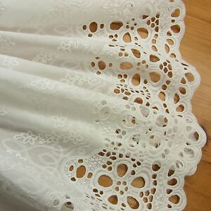 1 Yd Vintage Style Embroidery Cotton Eyelet Lace Fabric
