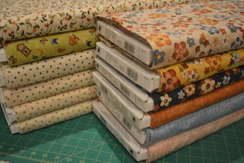 1//2 YD TWEET OTHERS WITH KINDNESS 21403 yellow RED ROOSTER QUILT COTTON FABRIC