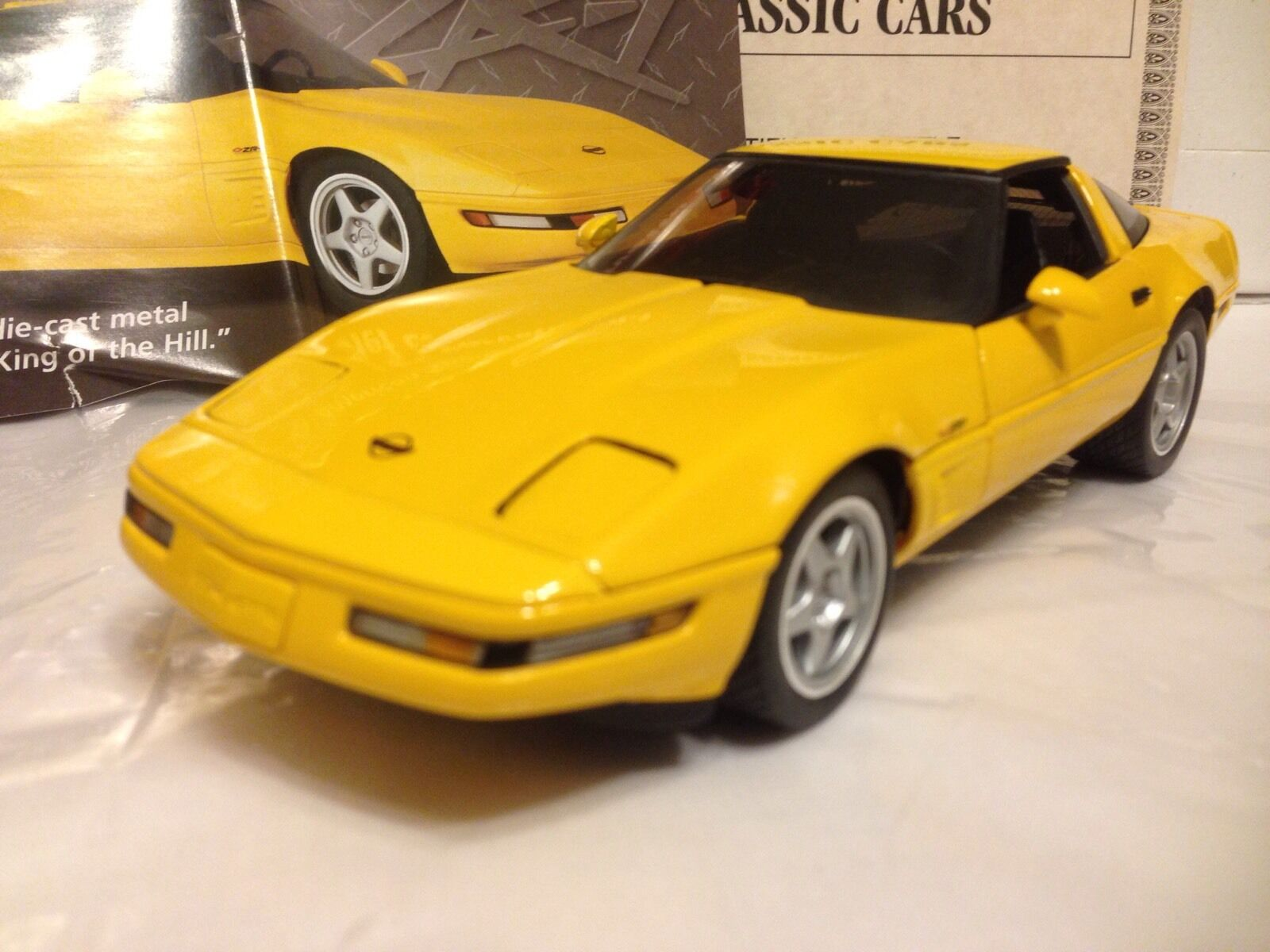1 24 Danbury Mint Competition jaune 1995 Corvette ZR1 ZR 1