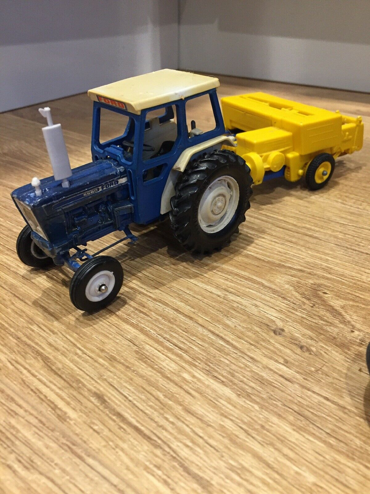 punto de venta Britains Ford 6600 Tractor Bamford empacadora Set 1 32 Granja Granja Granja Escala  venta al por mayor barato