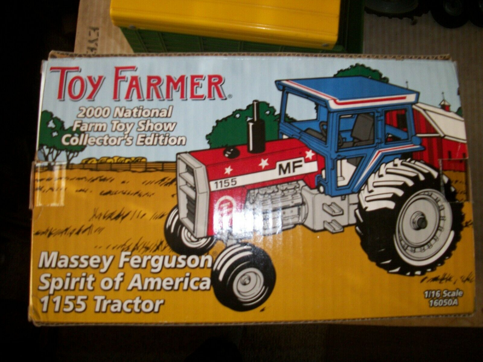 Toy FARMER spirit of America 1155 tractor with gold coin 1 16 red,white&blueeeeeee