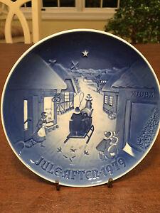 Vintage-1979-BING-amp-GRONDAHL-B-amp-G-Blue-White-Christmas-Collectors-Plate-Denmark