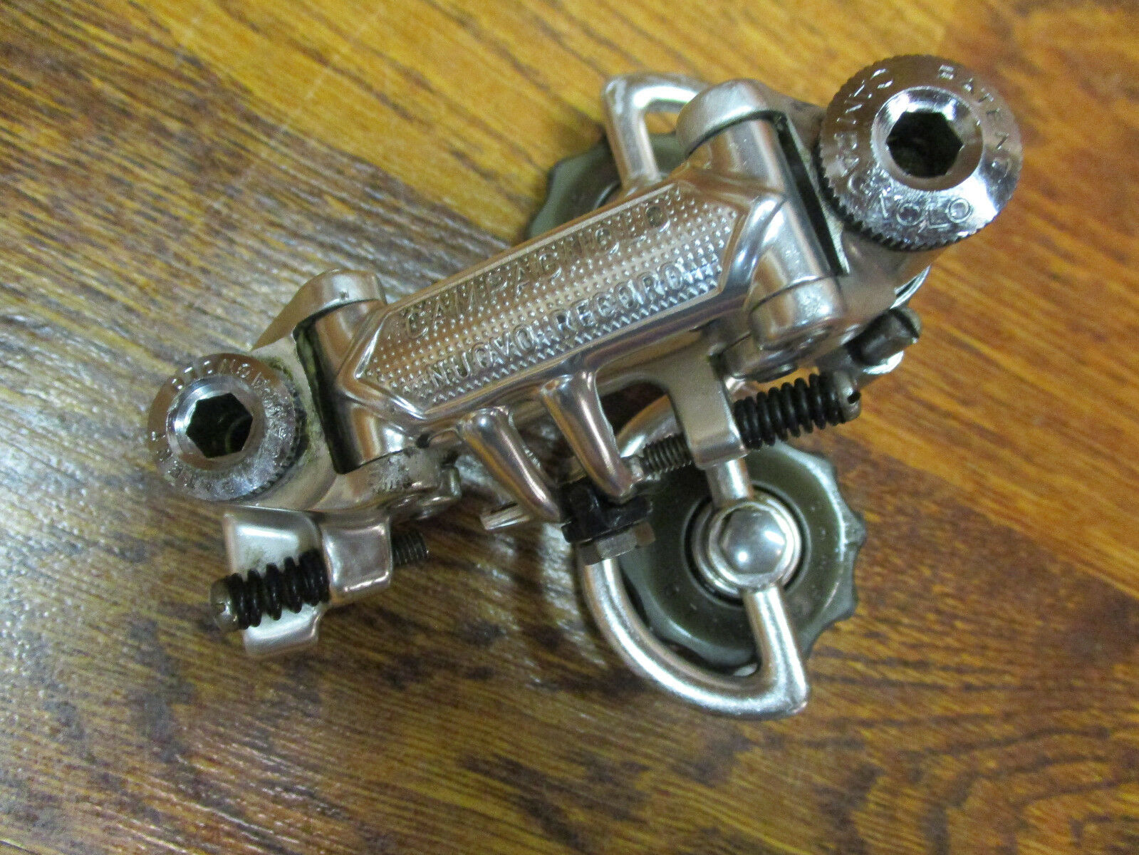 VINTAGE  CAMPAGNOLO NUOVO RECORD REAR DERAILLPAT. 84  the newest brands outlet online