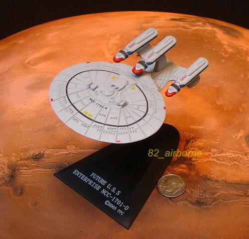 FURUTA STAR TREK Vol 2 USS ENTERPRISE FUTURE NCC-1701-D SPACESHIP MODEL ST2/_15