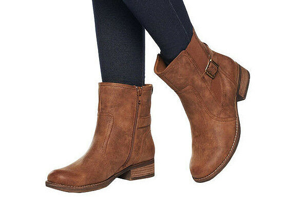 BARE TRAPS Ankle Boots w Side Zip and Strap Detail AUBURN Size 9 GUC with BOX