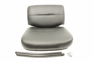 Boss Office Products B9519 Leather Sled Base Side Chair With Arms In