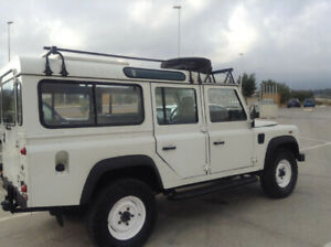 Land Rover Defender 110 Safari TD5 turboDiesel 4x4 9 places 2003