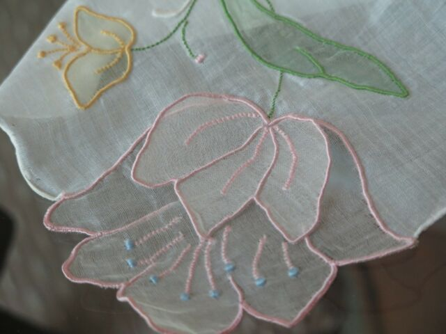 Vtg Antique Hand Embroidered Madeira Organdy Tulip Trembler 3D Handkerchief Exc