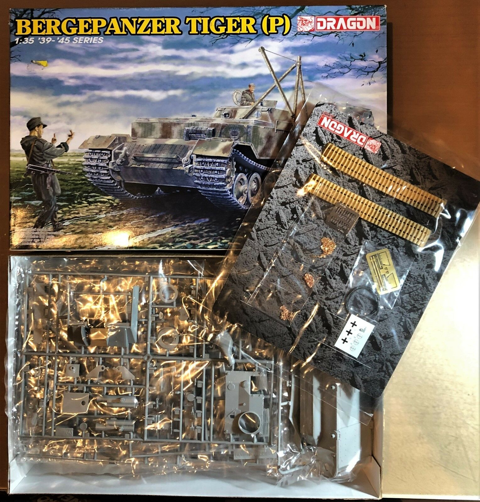 DRAGON 6226 - BERGEPANZER TIGER (P) - 1 35 PLASTIC KIT