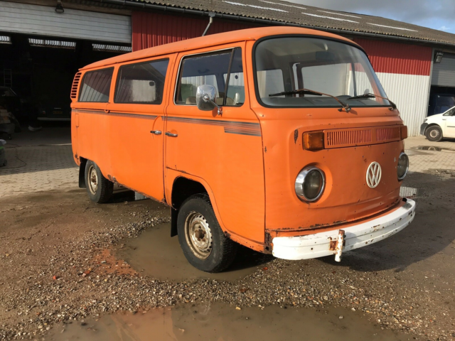 VW Transporter, 2,0 Kombi, Benzin, 1973, orange, Svensk…