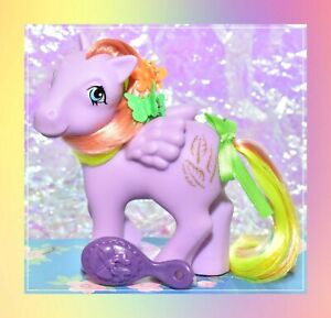 My-Little-Pony-35th-Anniversary-Retro-Tickle-2017-Rainbow-Pegasus-G1-Style