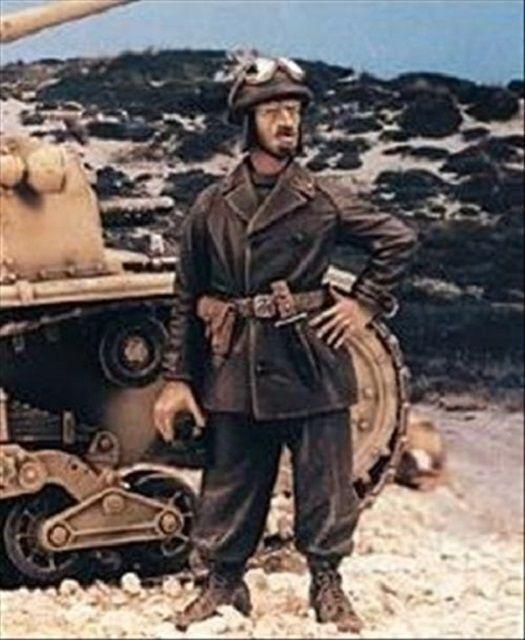 ROYAL MODEL CARRISTA ITALIANO WWII N°1 Scala 1:35 Cod.RM485