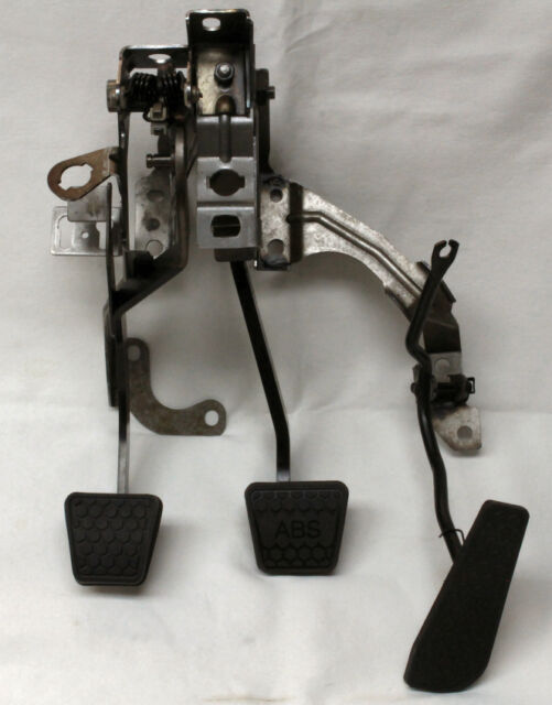 93-02 Camaro/Firebird T56 Manual Clutch Pedal Assembly New Reproduction