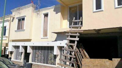 Se venda casa de 5 recámaras en Verona Residencial, Tijuana PMR-859
