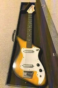 Vintage-1960s-ALAMO-FIESTA-6-string-2-PickUp-Electric-Guitar-USA-WORKS-Case