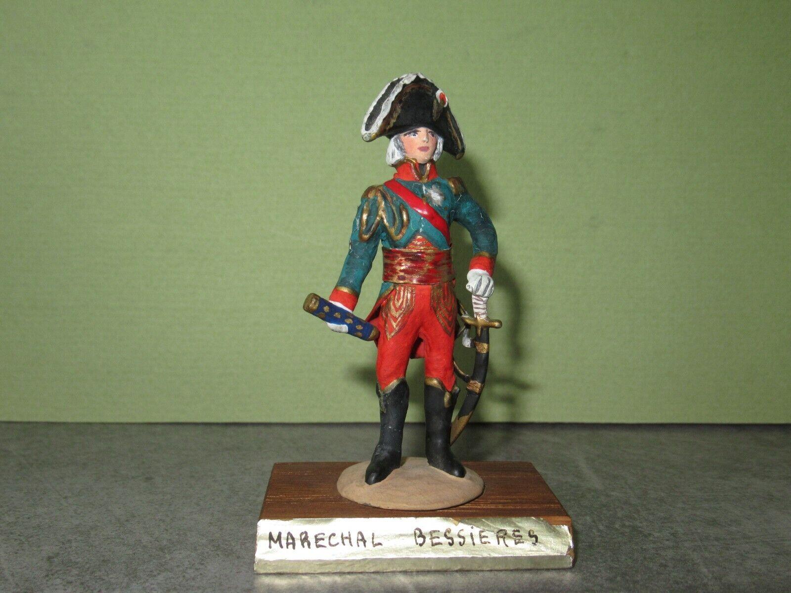 Estatua d artista Sam doute Guy Renaud = le marechhal bessieres