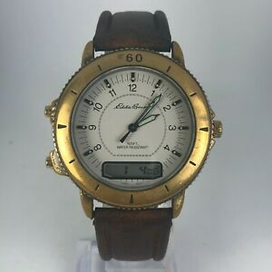 Vintage-Eddie-Bauer-Mens-V102-Brown-Leather-Band-Alarm-Chronometer-Watch