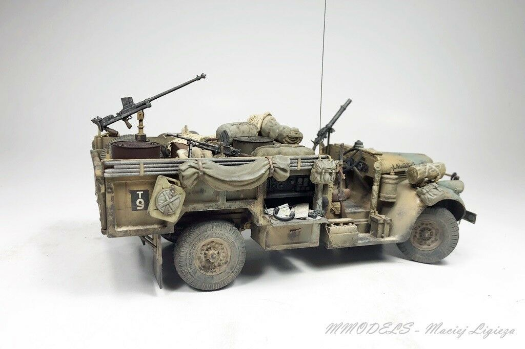 WW2 - SAS Chevrolet 30 CWT - - - scale 1 35 built and painted 18c1bf