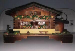 Vintage-Japan-Wooden-Jewelry-Music-Box-Cottage-Design