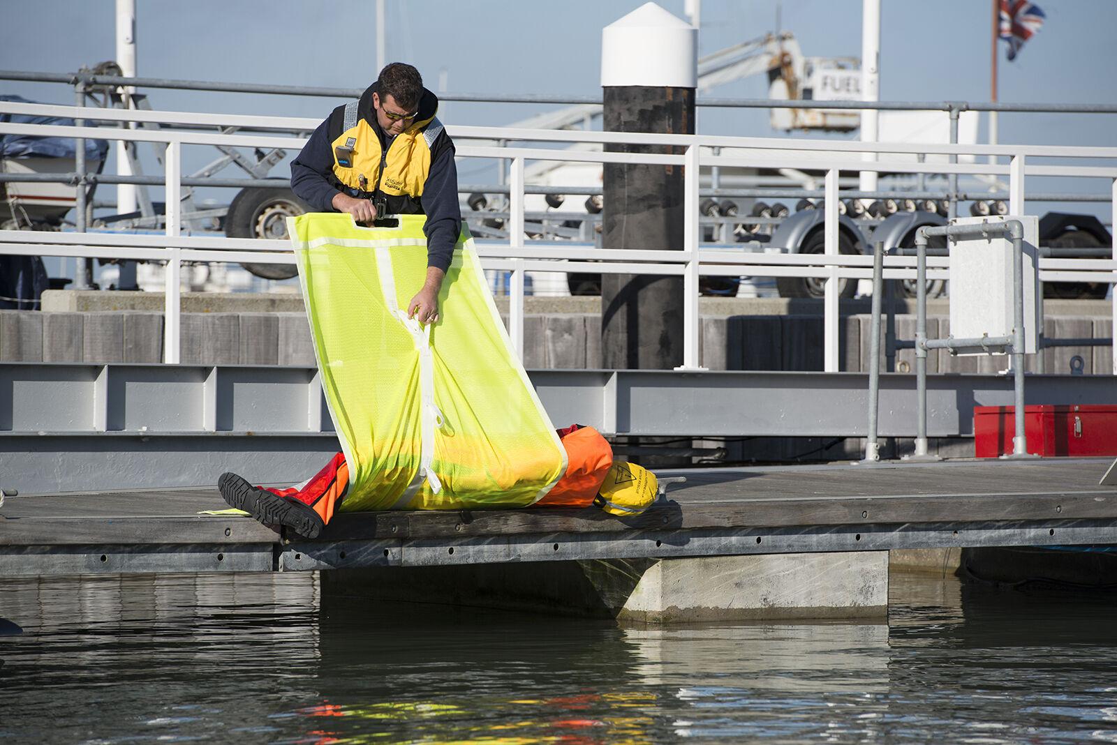 SeaSafe Hypo Hoist - Man Over Board Rescue mit Leiter
