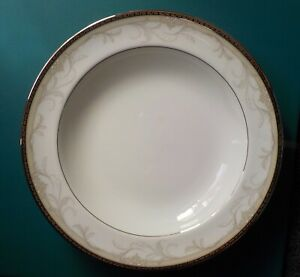 BROCADE-Large-Rimmed-Soup-Bowl-9-034-WATERFORD-White-Fine-China