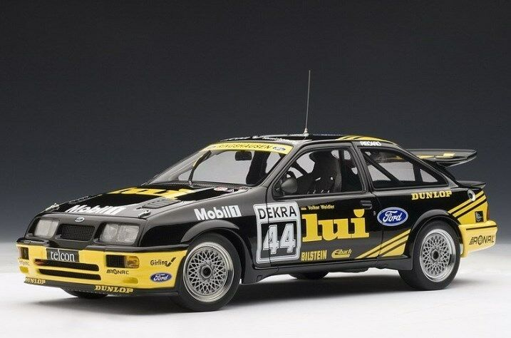88911 Autoart 1 18 Ford Sierra Cosworth 1988 equipo Lui WEIDLER DTM Nurburgring