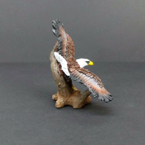 "Small Bald Eagle on Tree Stump Figurine 4/"" Tall Collectible Bird Statue A"
