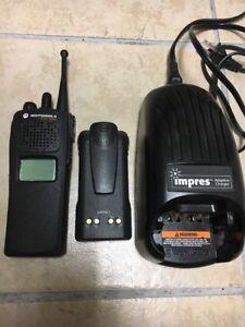 MOTOROLA-XTS1500-1-5-900mhz-P25-9600-BAUD-DIGITAL-Radio-H66WCD9PW5BN-XTS-XTL
