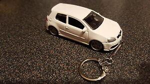 Diecast Volkswagon VW Golf R32 Mk5 MkV White Toy Car Keyring Keychain