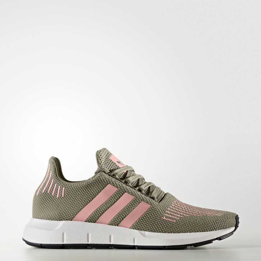 Adidas Originals Women's Swift Run shoes Size 5 to 10 us CG4142