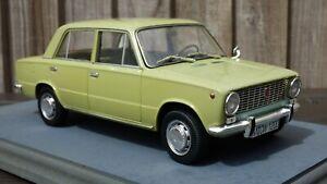 Raro-ist-1-18-1970-Vaz-Lada-2101-Verde-Coche-Modelo-de-juguete-de-matricula-alemana