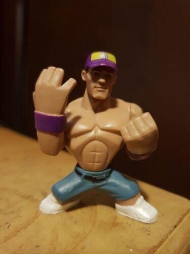 Mattel WWE Rumblers 2 INCH FIGURE effettuare la selezione.