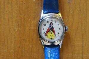 VINTAGE-TIMEX-SNOW-WHITE-WINDUP-WATCH-ORIGINAL-STRAP-Disney-Biancaneve-orologio