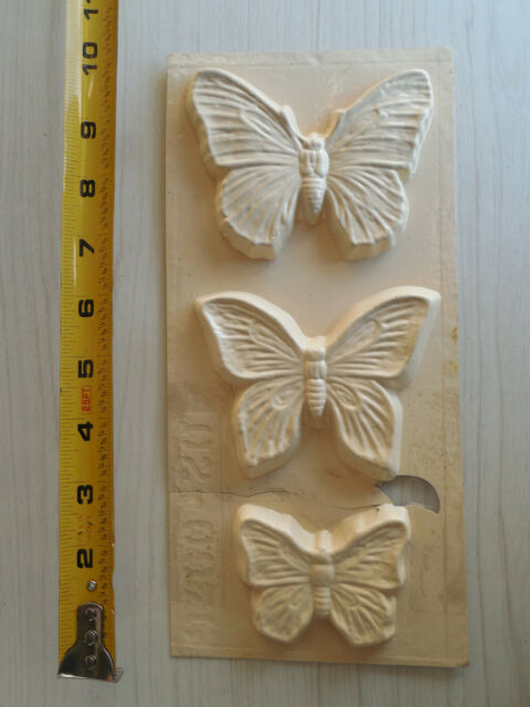 12 Butterflies 8 Small, 4 Large Handmade Silicone Mould
