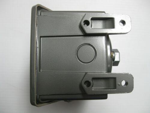 United Electric Controls  H402-453 Pressure Switch 0-20PSI Range