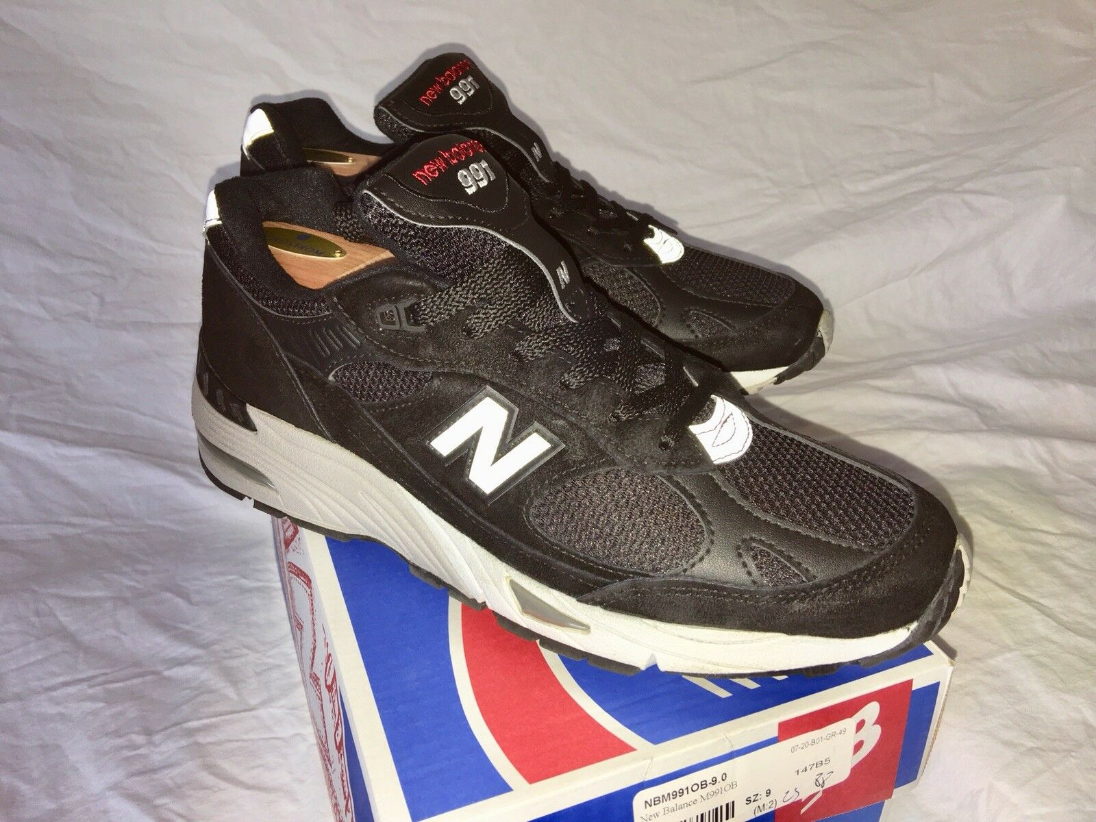 New Balance 991 Black Made In USA 9D US MINT Condition FREE Shipping in USA