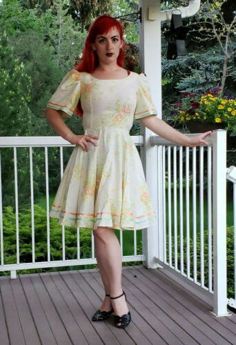 Vintage Handmade Rose Ivory Summer Dress Circle Sk