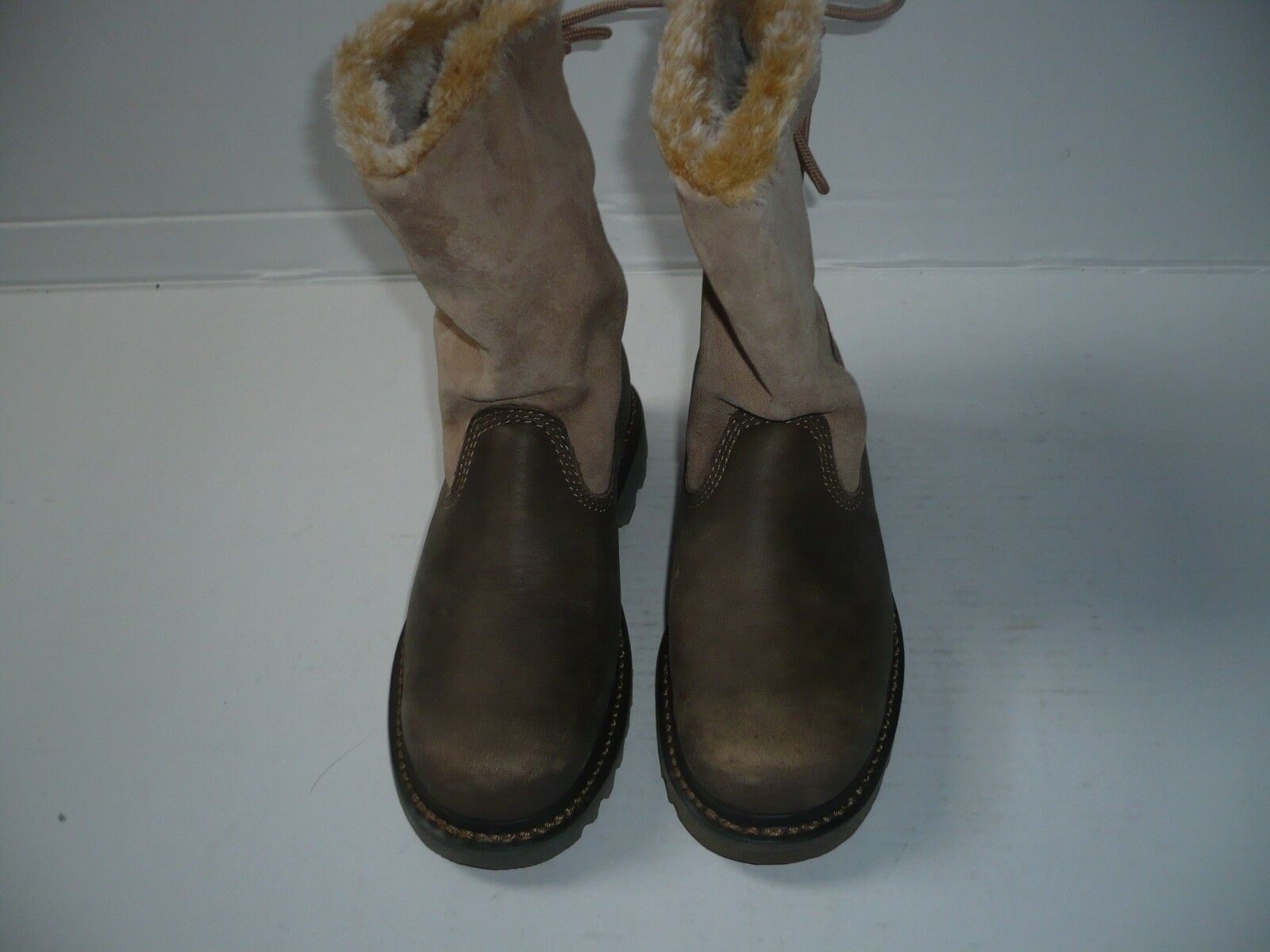 Women CAT BRUISER SCRUNCH  Boots size Euro 37 New