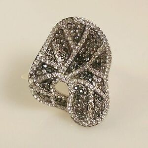 Rhodium-Plated-Austrian-Crystals-Stunning-Ring-Size-7-US-N-AU