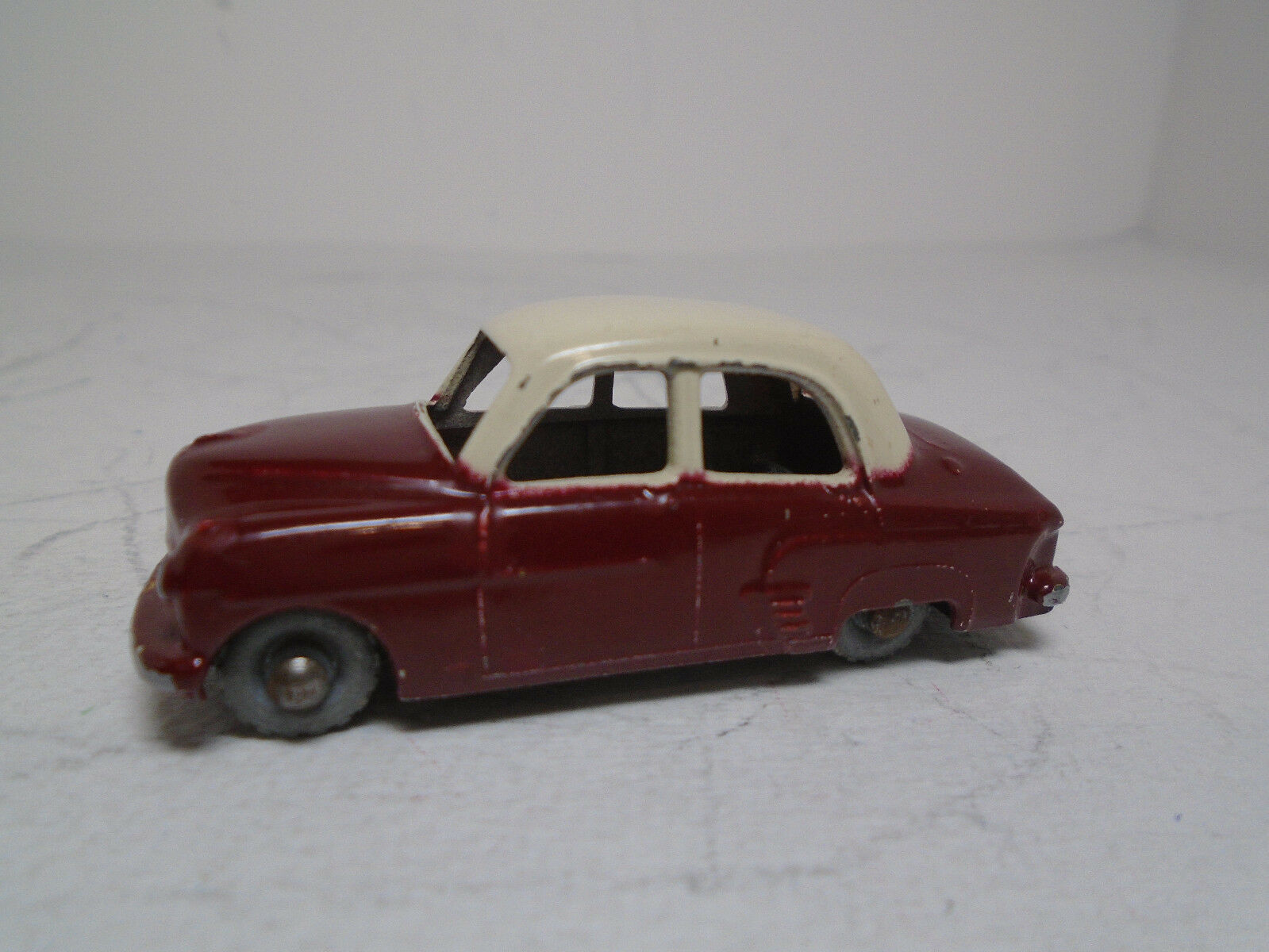 ORIGINAL MOKO MATCHBOX A-1 VAUXHALL CRESTA  RED CREAM ROOF,GMW, few touch-ups